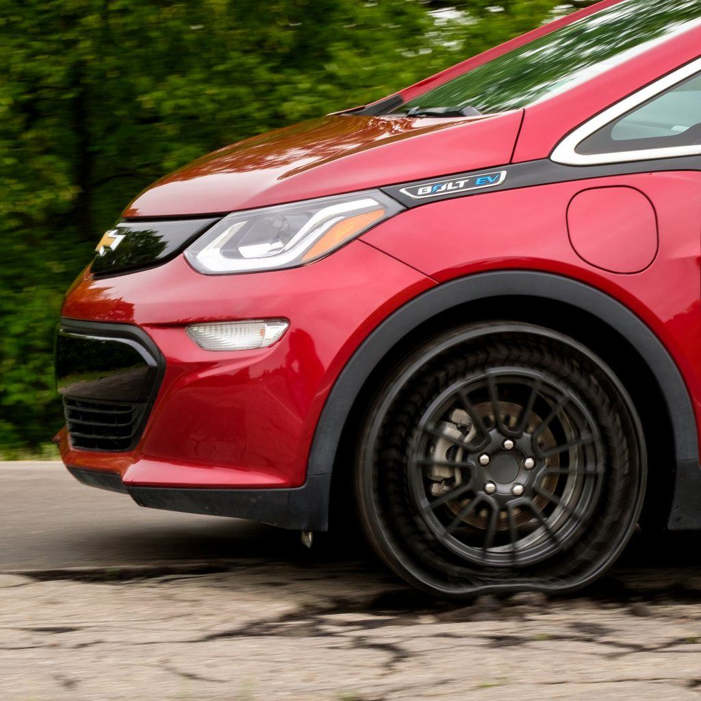 Chevrolet bolt with Michelin tweel airless tires
