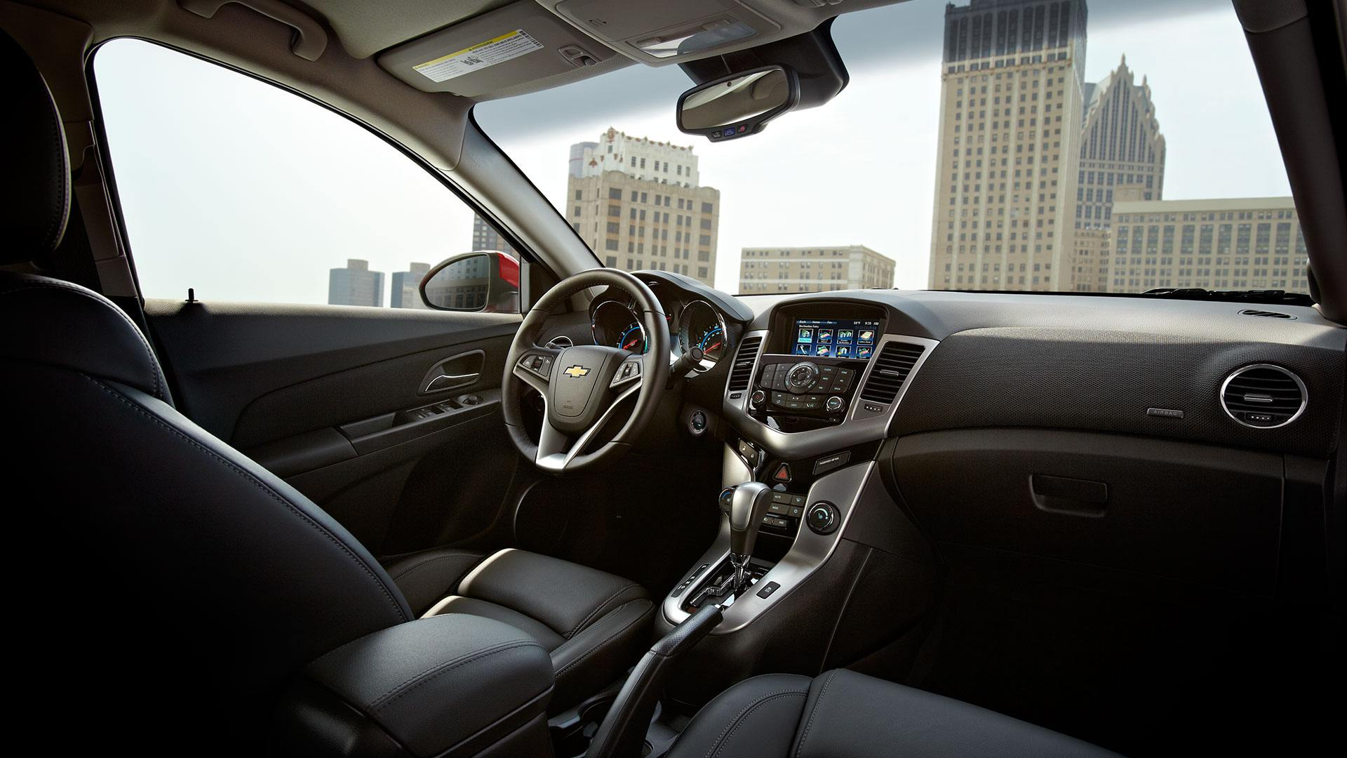 2014-chevy-cruze-interior2