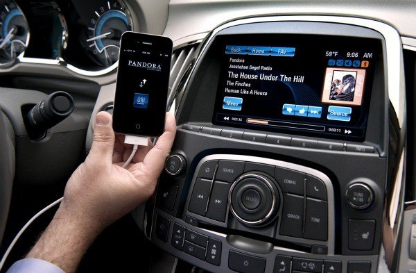 Smartphone in car