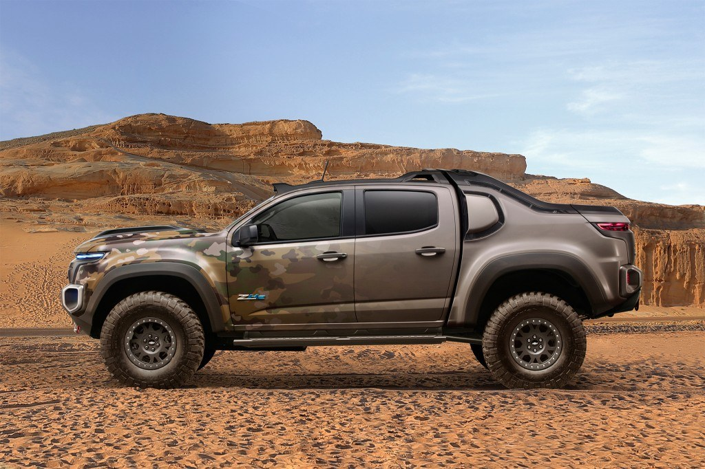 Chevrolet-Colorado-ZH2-concept-side-profile